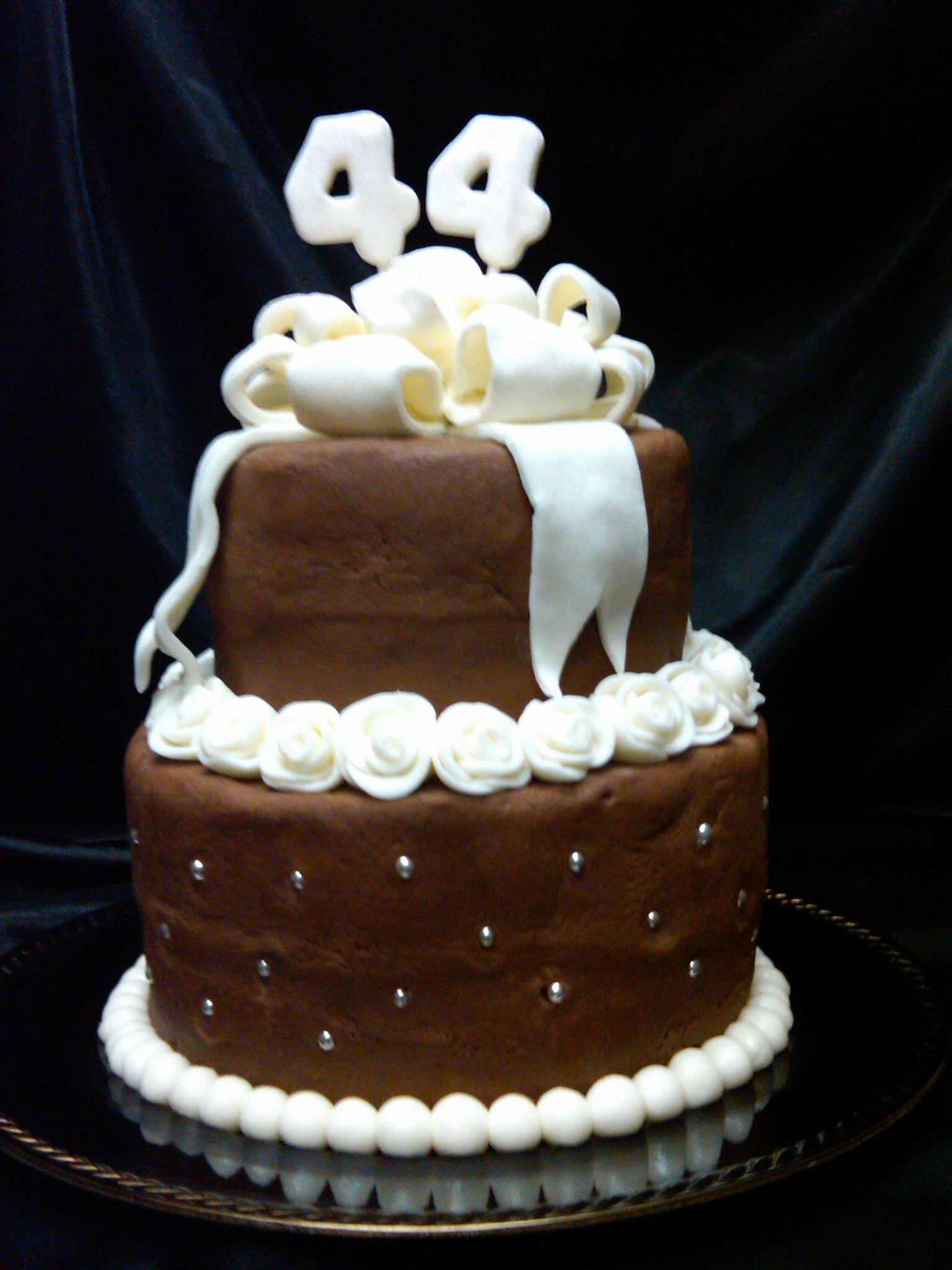 Anniversary Chocolate Cake Design : GLAPION CAKE DESIGNS HOME